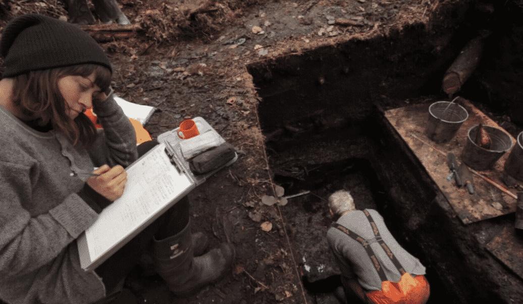 Archeologen aan het werk op een eiland bij Canada